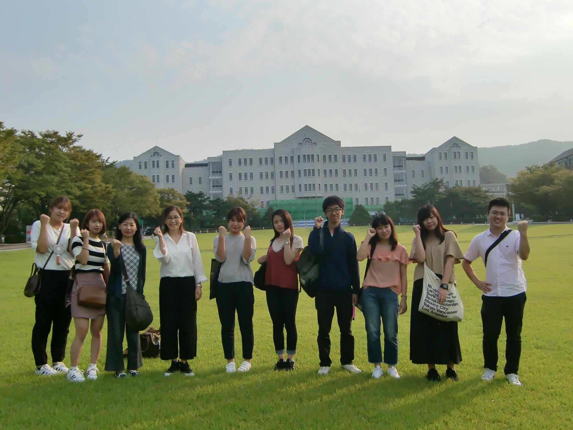 ⑧アサンにある湖西大学校です。広いでしょ。