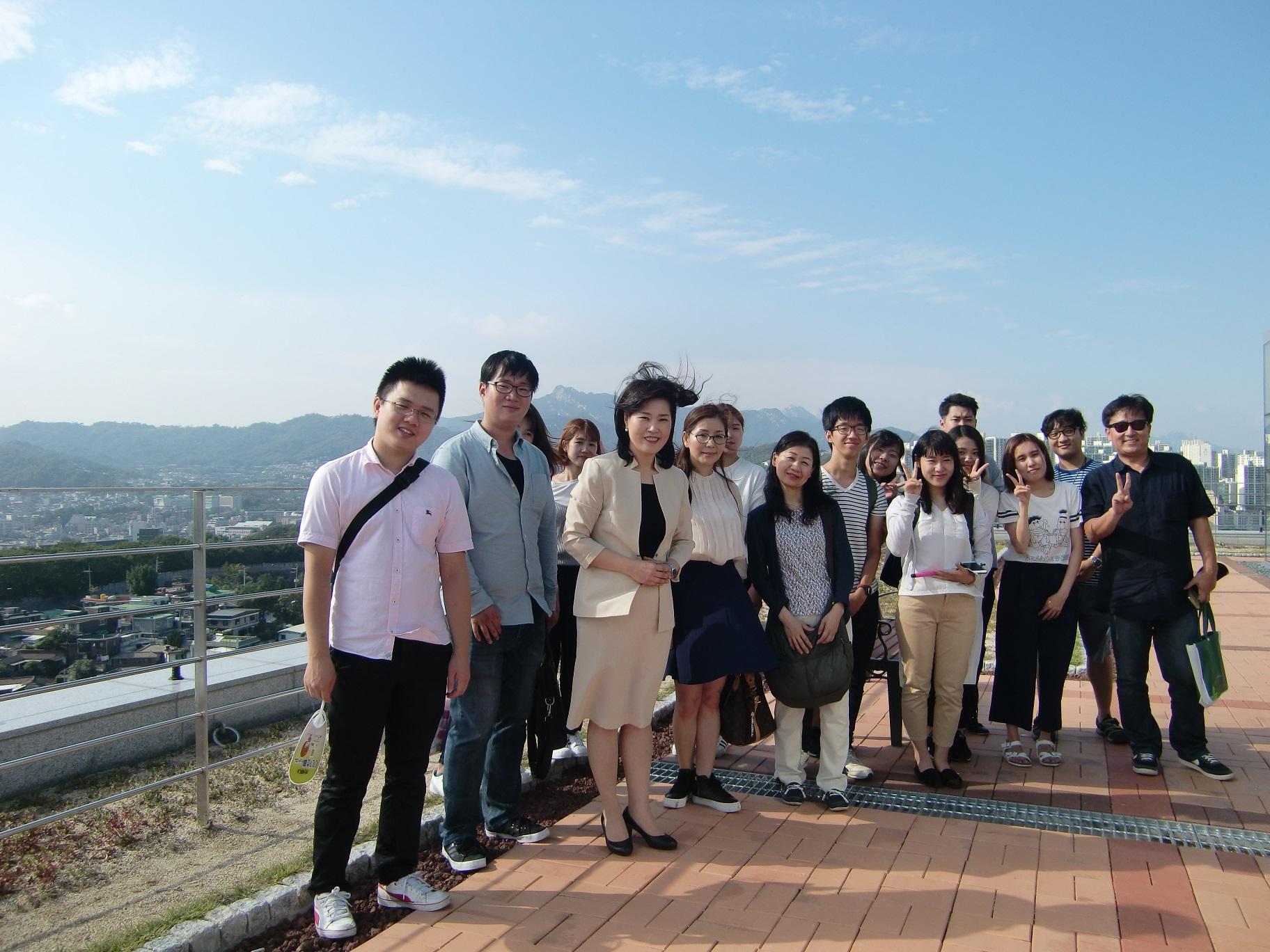 ⑦ソウルにある韓城大学校を初めて訪問しました。協定に向けてミーティングを行いました。